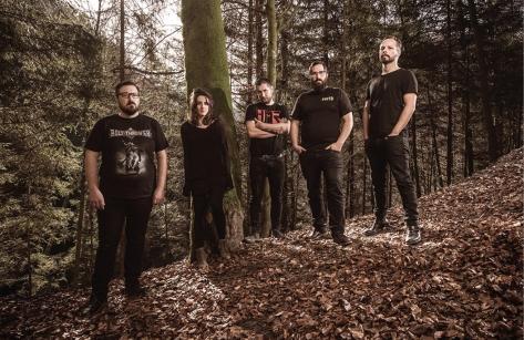 Unhold Band 2015